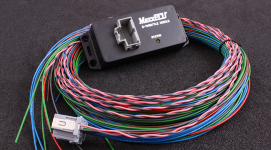 MaxxECU STREET / V1 CAN connected module for E-Throttle functionality