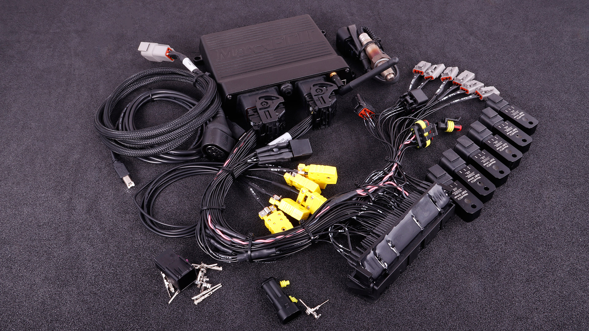 MaxxECU RACE plugin for BMW M54 complete kit with Bosch LSU 4.2 sensor, IGBT drivers and accessories